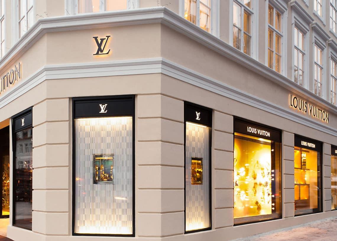 c01dbc6e32bf Louis Vuitton Maroc recrute des Conseillers de Vente (Casablanca ...