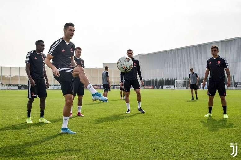 0 2019 12 18T214055.944 Juventus Academy Maroc recrute des Coachs